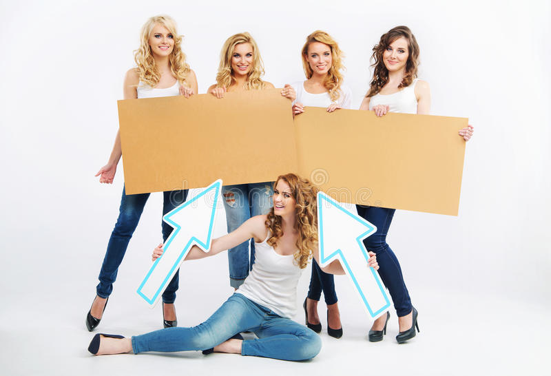 Immagine delle signore allegre del gruppo fotografia stock