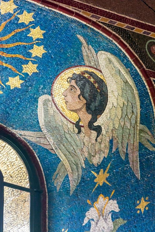 Immagine di angelo in una finestra fotografie stock libere da diritti