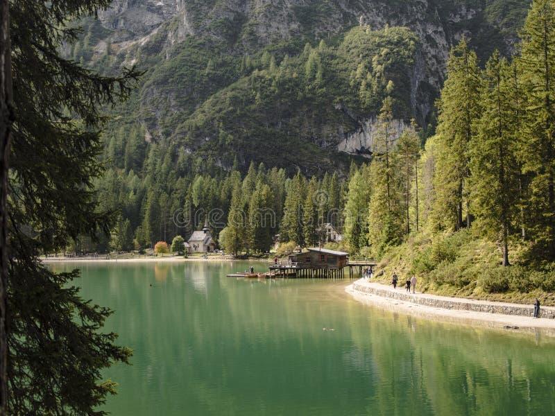 Immagine di bello lago in Italia fotografia stock libera da diritti