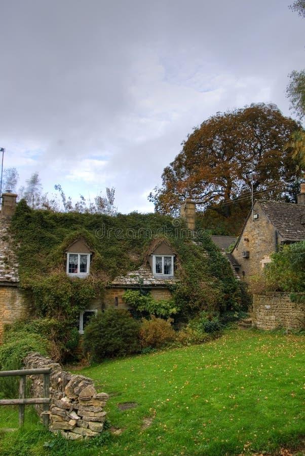Immagine di HDR della casa inglese della cittadina fotografia stock