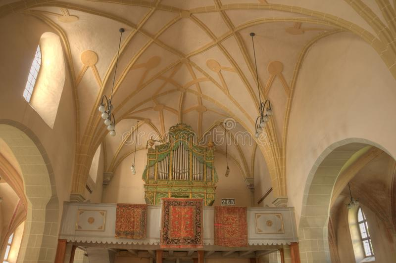 Immagine di HDR di un interiore della chiesa immagine stock