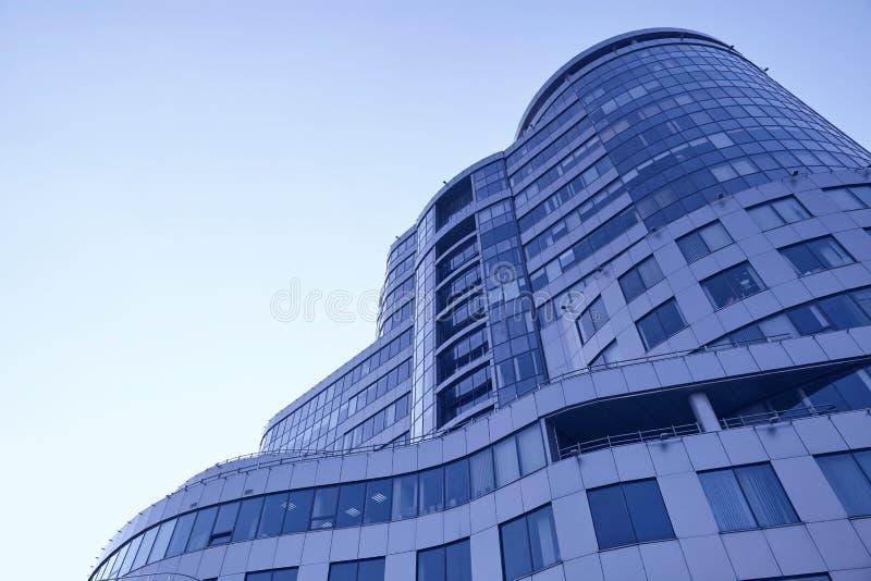 Immagine di prospettiva di un centro di affari moderno immagine stock