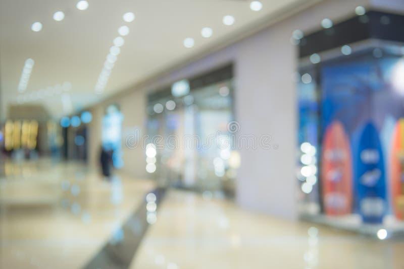 Immagine di sfondo Defocused del centro commerciale immagini stock libere da diritti