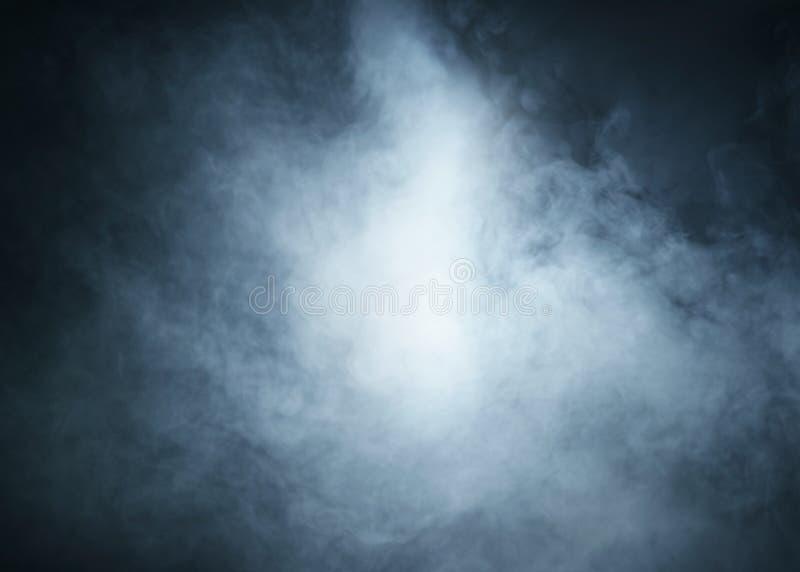 Immagine di sfondo di Halloween di un fumo blu profondo fotografia stock libera da diritti