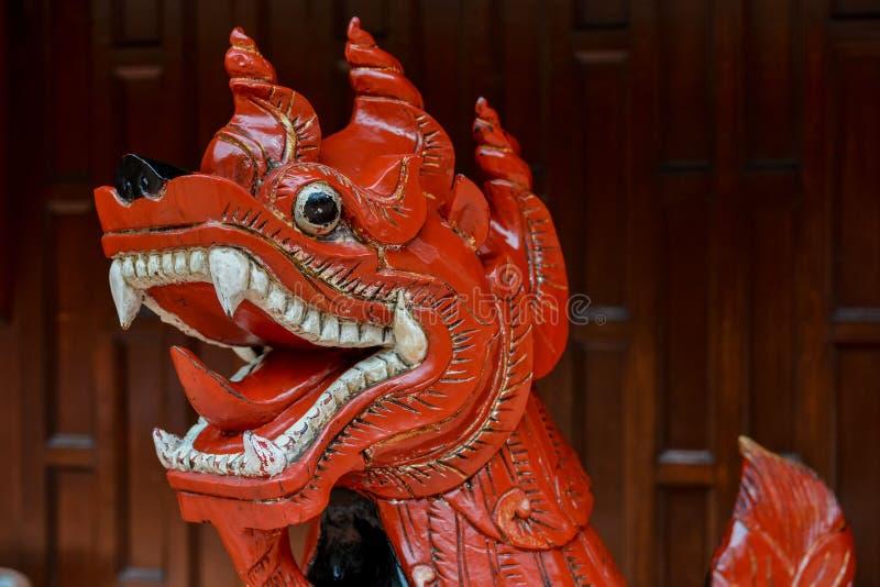 Immagine di una statua tailandese classica fotografie stock