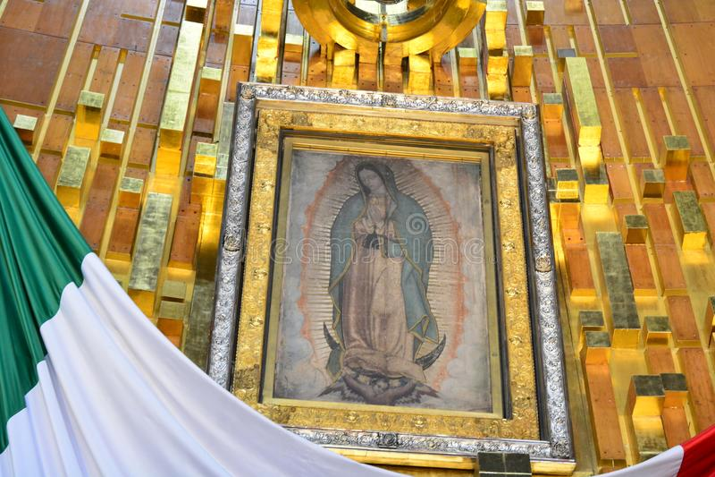Immagine sacra della nostra signora di Guadalupe, in Città del Messico fotografia stock libera da diritti