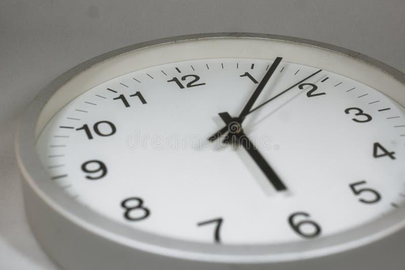 Immagine semplice dell'orologio fotografie stock libere da diritti