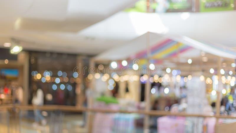 immagine vaga di uso del centro commerciale per un fondo fotografie stock