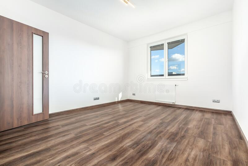 Immagini d'interni in un appartamento moderno fotografie stock libere da diritti
