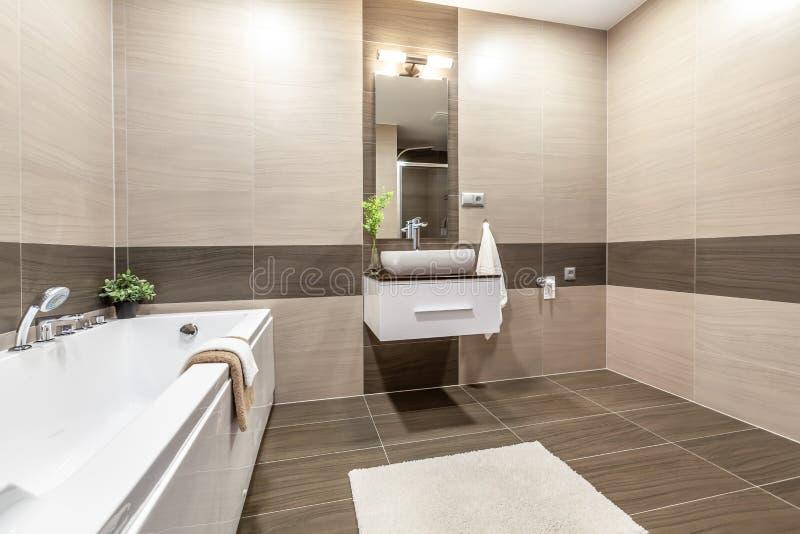 Immagini d'interni in un appartamento moderno fotografia stock
