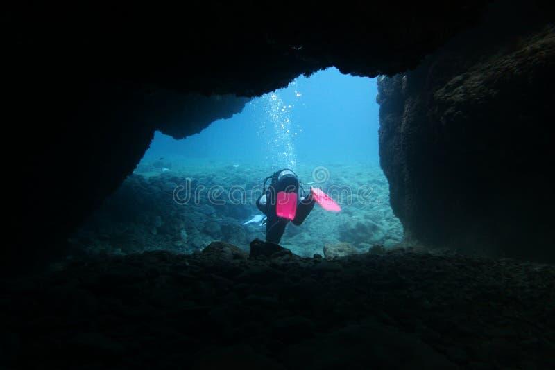 Immersione subacquea della caverna fotografia stock libera da diritti