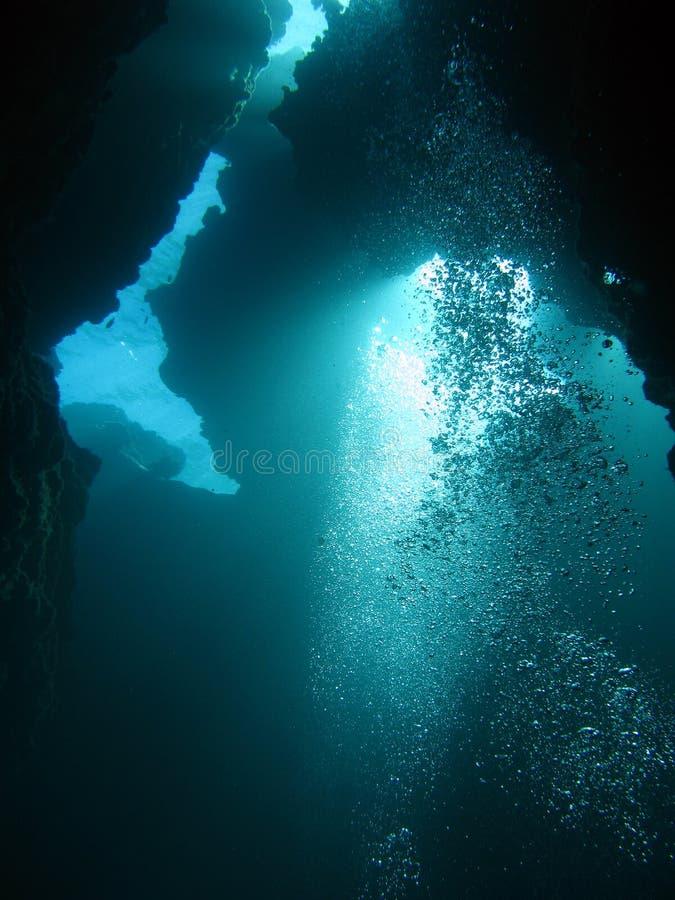 Immersione subacquea estrema nell'abisso immagine stock