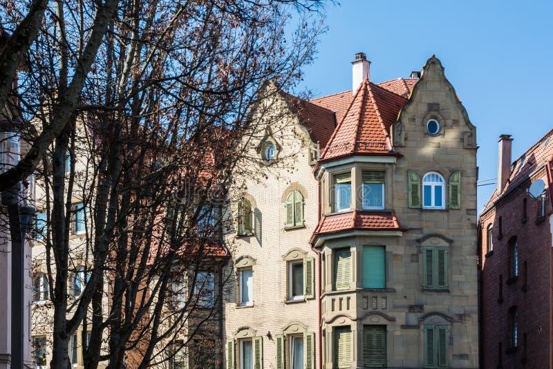 Immeuble allemand d'architecture européenne générique vieux Clas photos stock