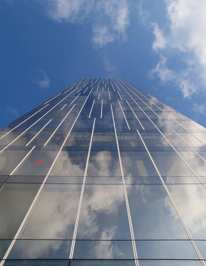 Immeuble de bureaux à Barcelone images stock