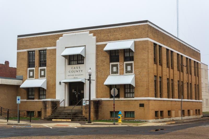 Immeuble de bureaux de Cass County dans le tilleul, TX photographie stock libre de droits