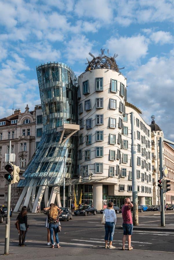Immeuble de bureaux de maison de danse à Prague image libre de droits