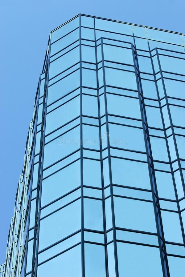 Immeuble de bureaux en verre photographie stock libre de droits