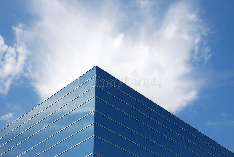 Immeuble de bureaux et ciel #3 photographie stock
