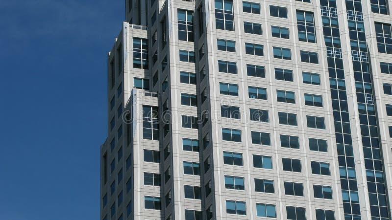 Immeuble de bureaux moderne photographie stock