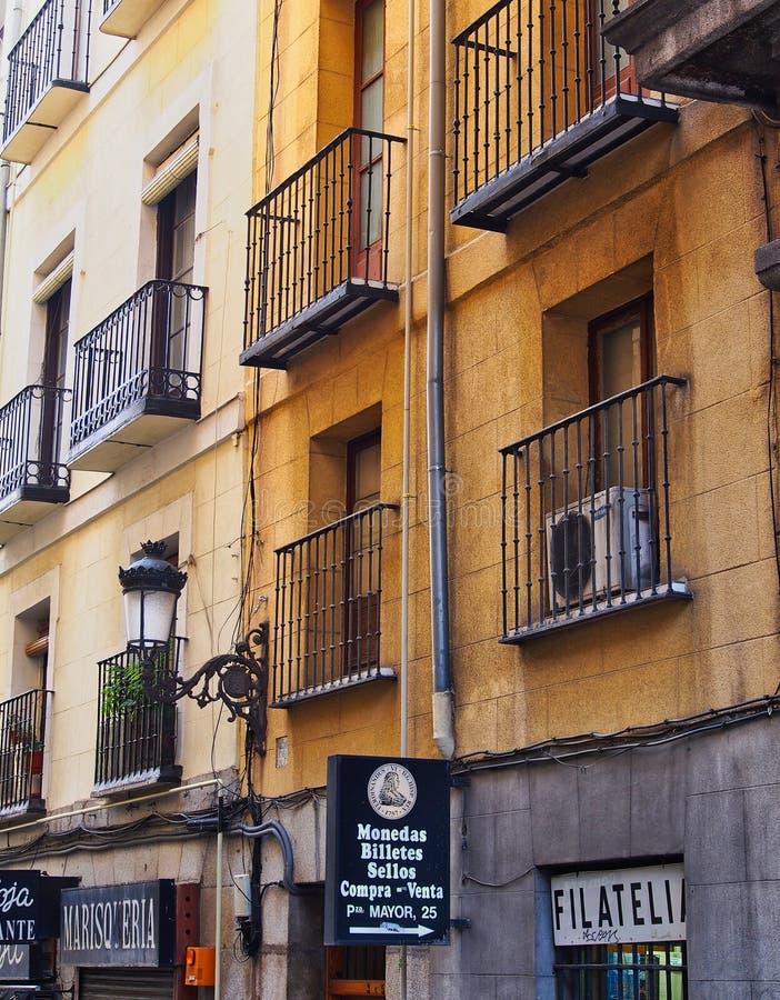 Immeuble de style plus ancien, Madrid, Espagne image stock