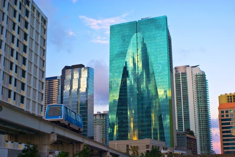 Immeubles de bureaux de Miami image stock