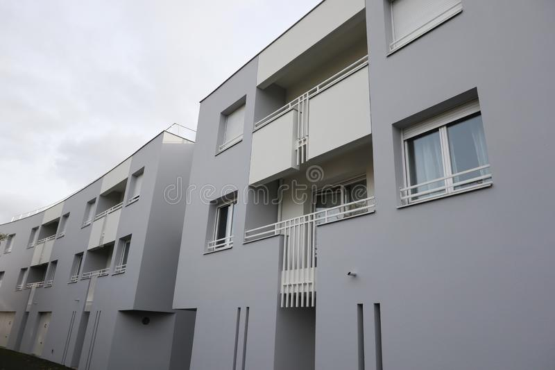Immeubles de bureaux de paysage urbain avec l'architecture d'entreprise moderne photographie stock libre de droits