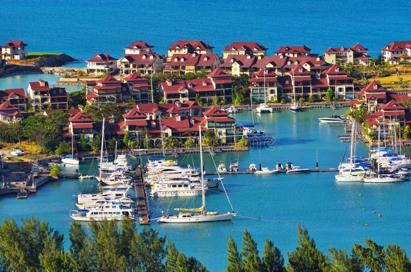 Immeubles de luxe, île d'Éden, Seychelles photos libres de droits