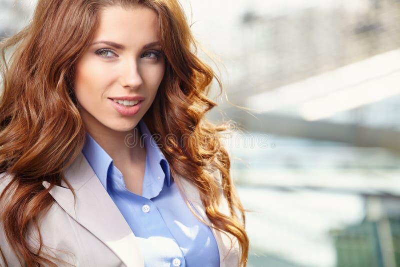 Immobilienagentur Woman stockfotos