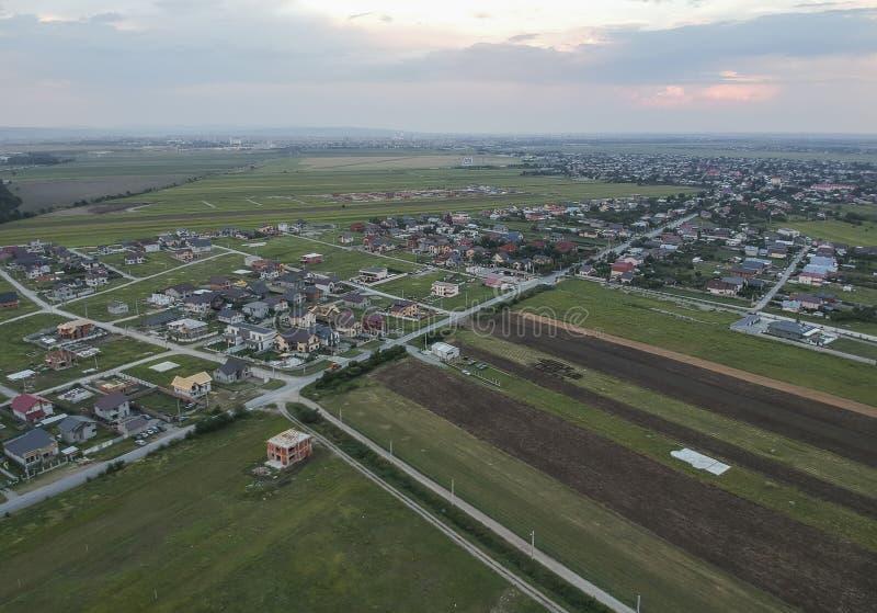 Immobilienentwicklungsregion nahe Ploiesti, Rumänien, Vogelperspektive stockbild