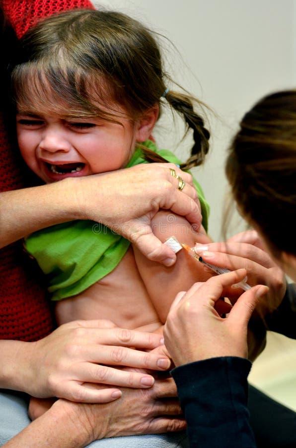 Immunisation d'enfant photo stock
