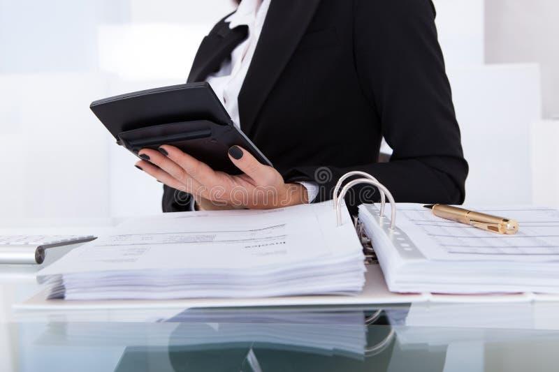 Impôt calculateur de comptable images libres de droits