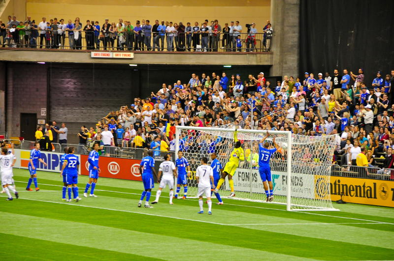 Download Impact Montreal Vs Galaxy Los Angeles Editorial Photo - Image of montreal, losangeles: 24754186
