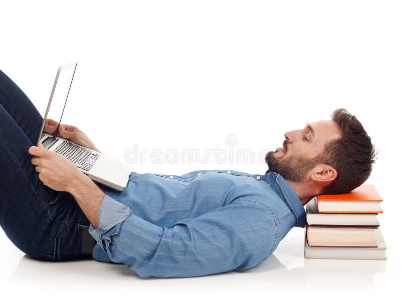 Imparando con il computer portatile fotografie stock libere da diritti