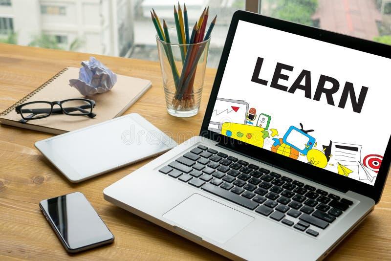 IMPARI l'apprendimento la conoscenza di istruzione e della conoscenza che preparano E-Lear illustrazione vettoriale