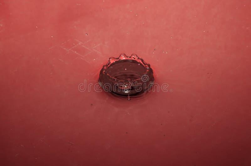 Impatto della gocciolina di acqua fotografia stock libera da diritti
