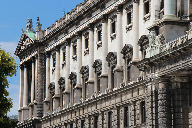 Imperialistisk slott - Wien - Österrike royaltyfri foto