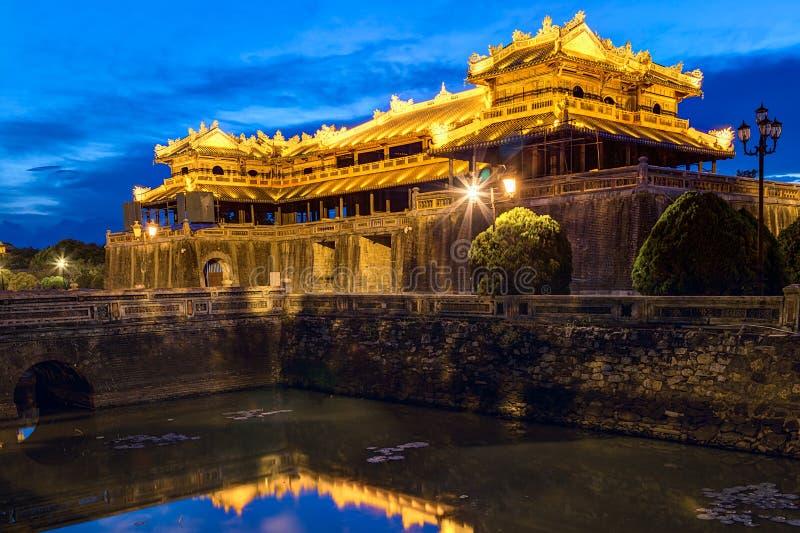 Imperialistiska Royal Palace av Nguyen dynasti i ton, Vietnam royaltyfri fotografi