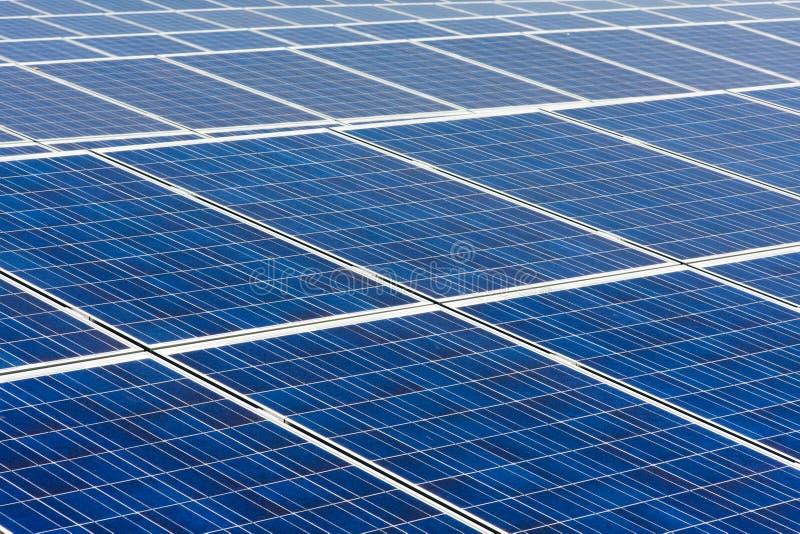 Impianto di ad energia solare fotografie stock