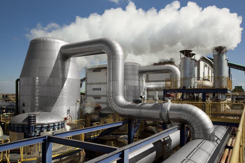 Impianto di lavorazione del mulino industriale della canna da zucchero nel Brasile immagine stock