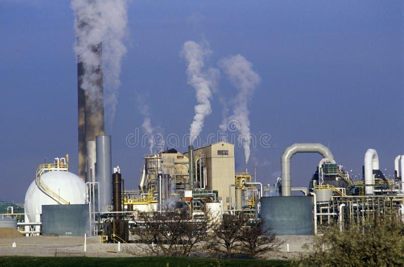 Impianto di lavorazione del petrolio a Sarnia, Canada fotografia stock libera da diritti