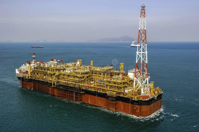 Impianto offshore offshore FPSO del gas & del petrolio fotografia stock libera da diritti
