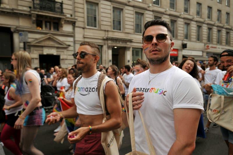 Impiegati di Amazon al gay pride di Londra a Londra, Inghilterra 2019 fotografia stock
