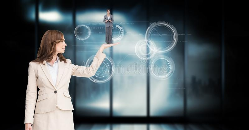 Impiegato della tenuta della donna di affari in palma sopra fondo astratto illustrazione di stock