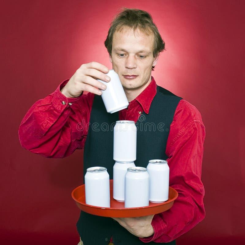 Download Impilamento delle latte fotografia stock. Immagine di latte - 7311520