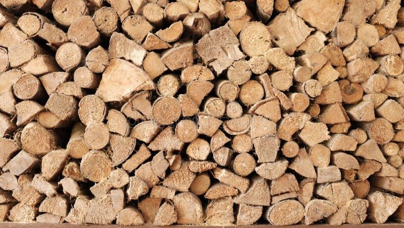Impilato di legna da ardere immagine stock