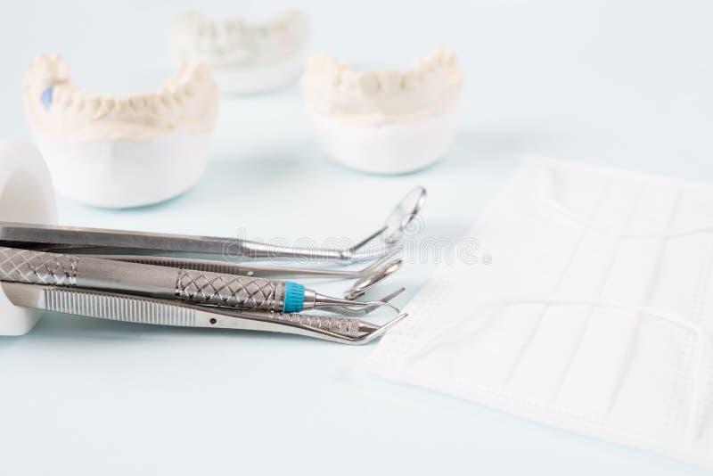 Implant en prosrthodontic model royalty-vrije stock afbeelding