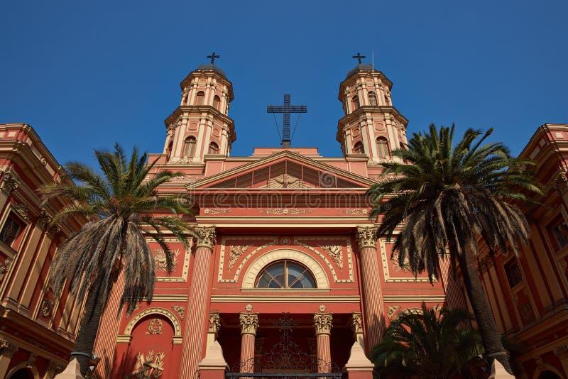 Imponerande kyrka arkivbilder