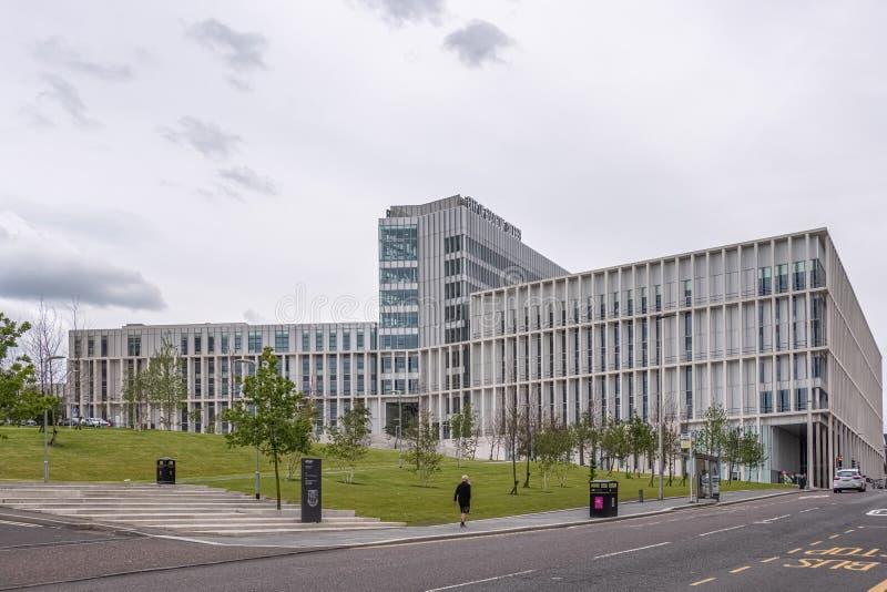 Imponująco nowożytna architektura patrzeje do Nowego miasta Glasgow szkoła wyższa w centrum miasta Glasgow fotografia royalty free