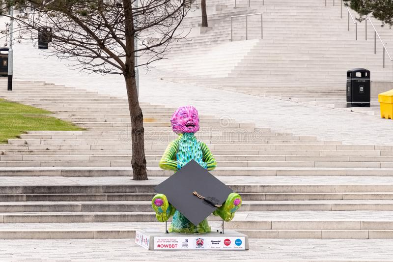 Imponująco nowożytna statua «Nasz Wullie» przy przodem nowy miasto Glasgow szkoła wyższa obraz royalty free
