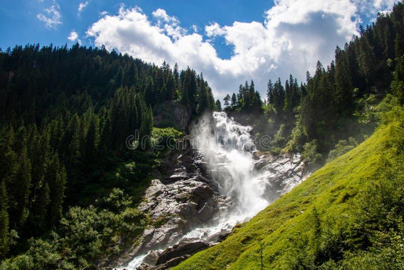 Imponująco widok na siklawach krimml w Austria Krimmler zdjęcie stock